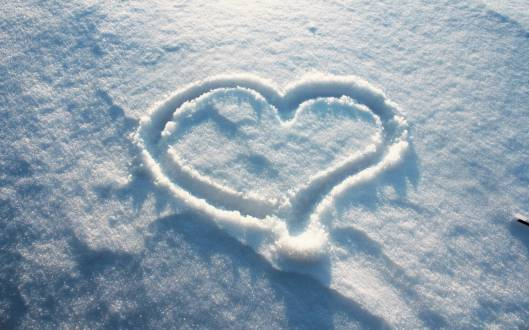 Winter-Love-Wallpapers-HD-Wallpaper[1]