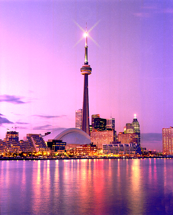 CN-Tower-in-Toronto-Canada_CN-Tower-view[1]