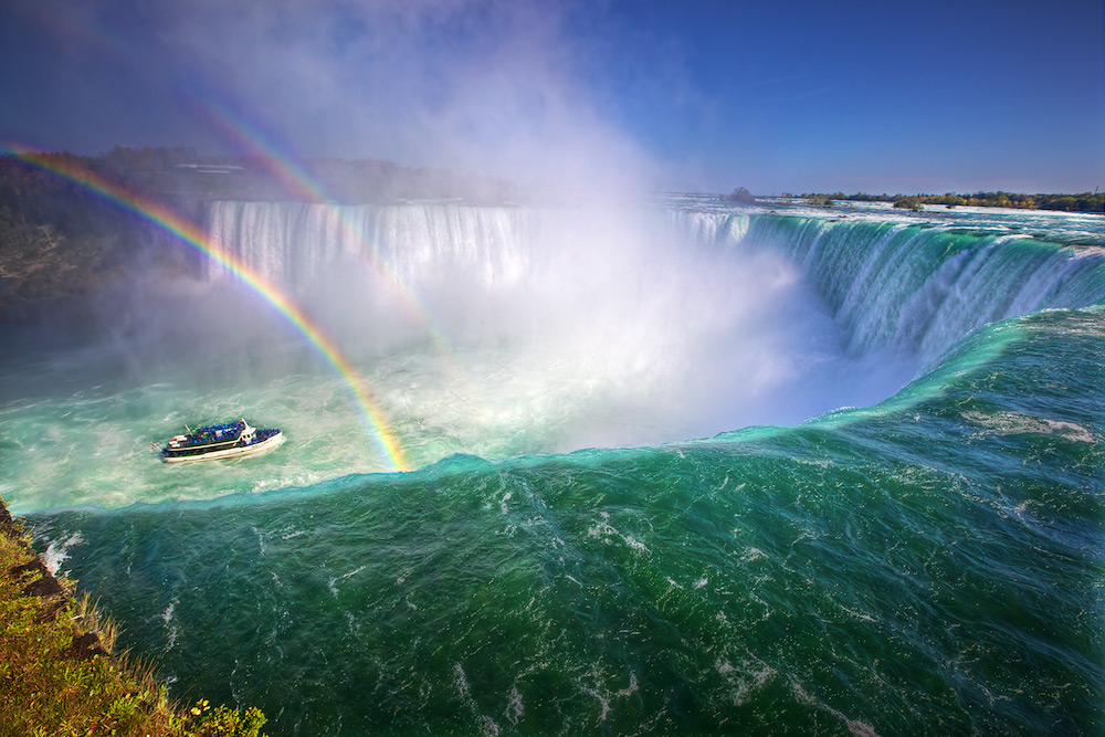 20101027091540_niagara-falls-double-rainbow
